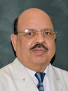 Dr. Ishwar Bhatia, BDS, MDS