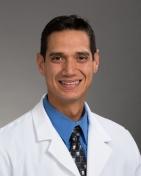 Dr. Omar O De Oliveira, DDS