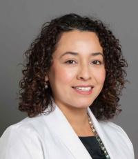 Dr. Lara Gutierrez - Chicago Eye Doctors at Pearle Vision - www.chicago-eyedoctors.com