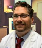 Dr. Erik e Roach, DC