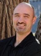 Dr. Michael M Laun, DDS