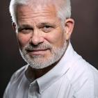 Dr. Herbert Segnitz, MD