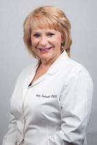 Dr. Valeri J Sacknoff, DDS